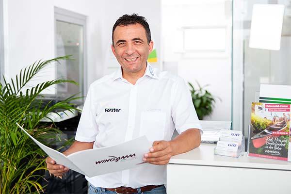 Wohnmobil Kaufen bei Verkaufsberater Civito Carroccia