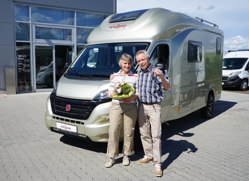 Wingamm Wohnmobilübergabe bei Reisemobil-Center Rhein-Main-Odenwald