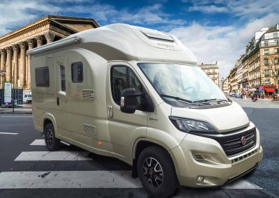 Wingamm Wohnmobil Oasi 610 M in golden-white